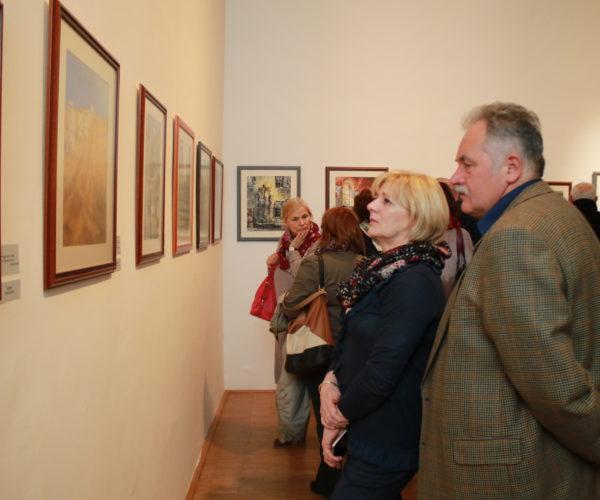 """""""AZ ÚT"""" – Bors Ildikó festménykiállítása"""